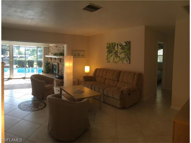 5133 Santa Rosa Ct, Cape Coral, FL