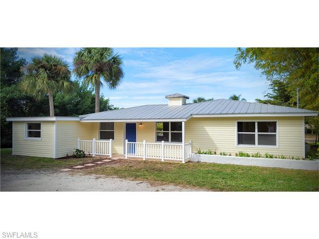 7186 Coon Rd, North Fort Myers FL 33917