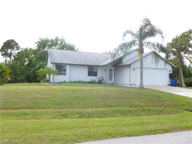 4528 Lake Heather Cir, Saint James City, FL