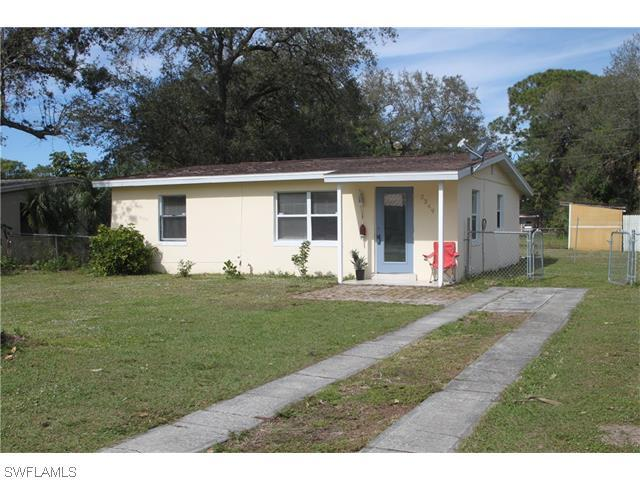 2349 South St, Fort Myers FL 33901