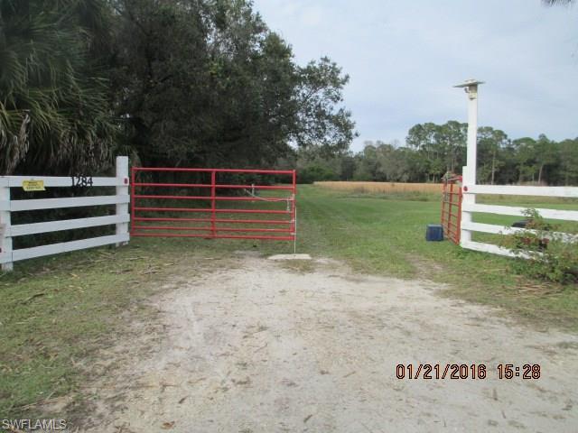 1284 Neely Davis Rd, Felda, FL