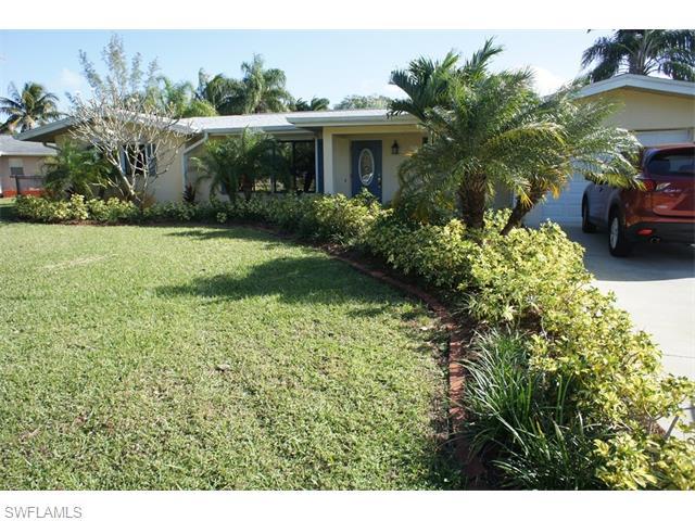 6231 Saint Andrews Cir, Fort Myers, FL