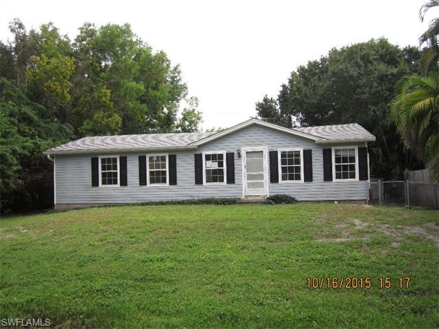 5527 Henley St, Bokeelia, FL