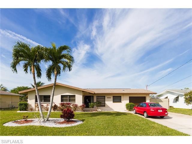 5142 Santa Rosa Ct, Cape Coral FL 33904