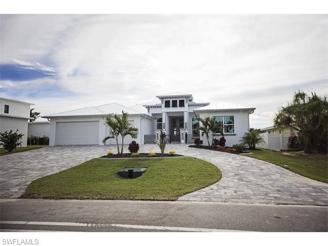 1214 El Dorado Pkwy, Cape Coral, FL