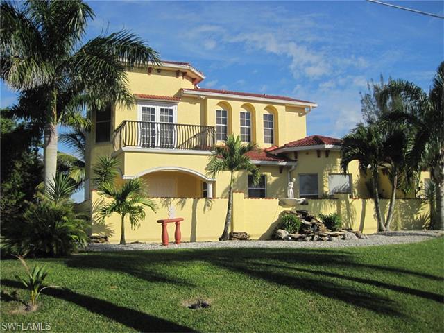 221 NW 14th Ave, Cape Coral, FL