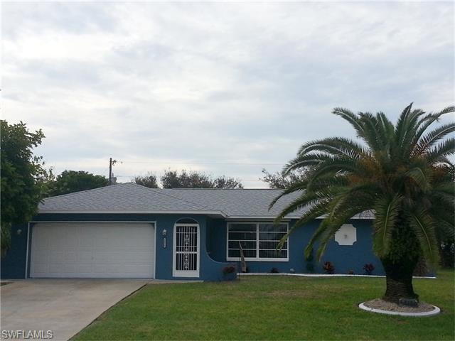2412 Country Club Blvd, Cape Coral, FL
