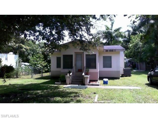 1174 River Rd, North Fort Myers FL 33903