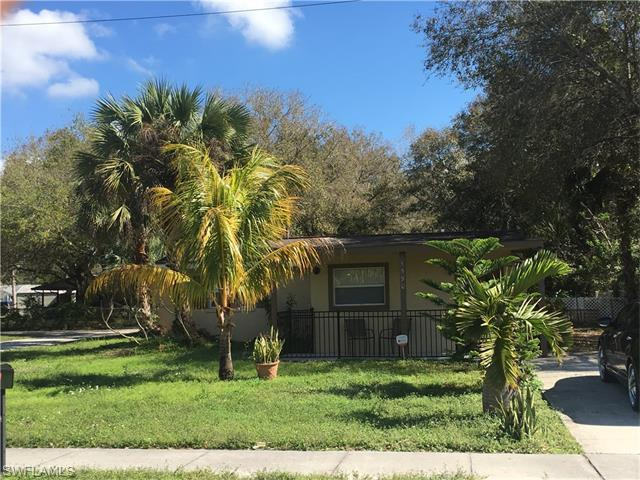 1590 Piney Rd, North Fort Myers, FL 33903