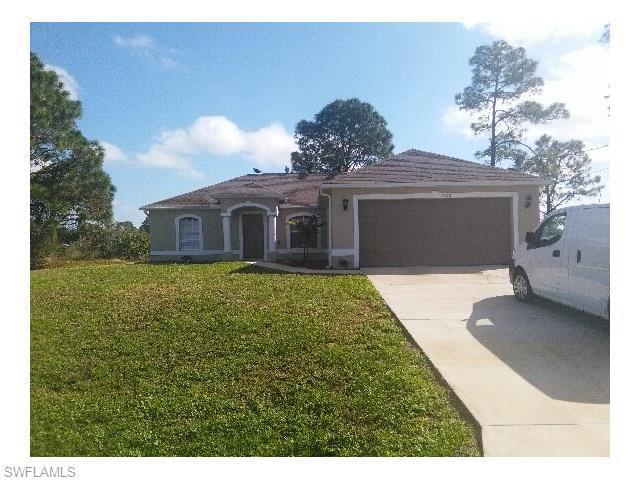 1800 Crawford Ave, Lehigh Acres FL 33971