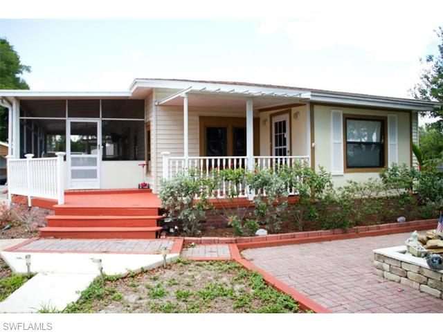 180 Schneider Dr, Fort Myers, FL