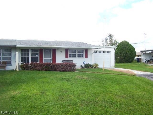 41 Vineyard St, Lehigh Acres FL 33936