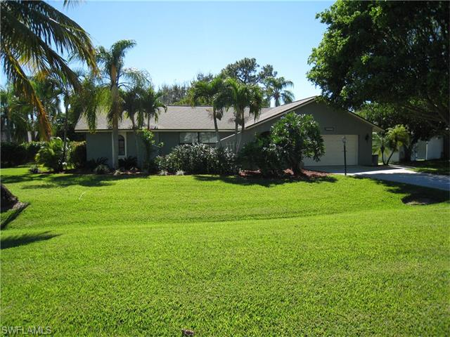 2163 Trailwinds Dr, Fort Myers, FL