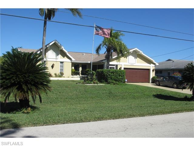 623 SW 40th Ter, Cape Coral, FL
