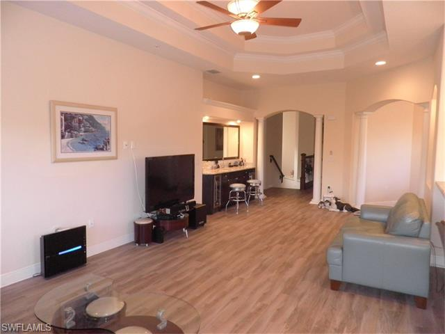 221 Shadroe Cove Cir 1303 Cir #APT 1303, Cape Coral, FL