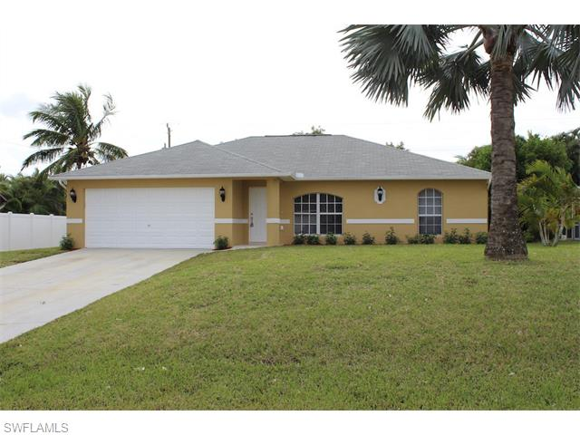 1008 SW 35th St, Cape Coral, FL