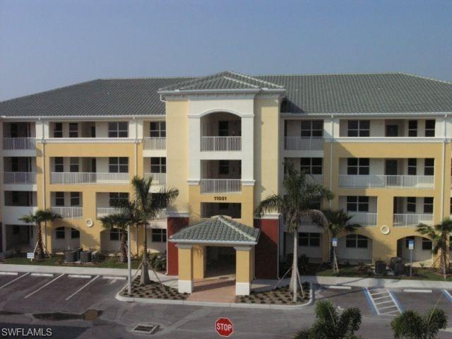 11001 Gulf Reflections Dr 303 #APT 303, Fort Myers, FL