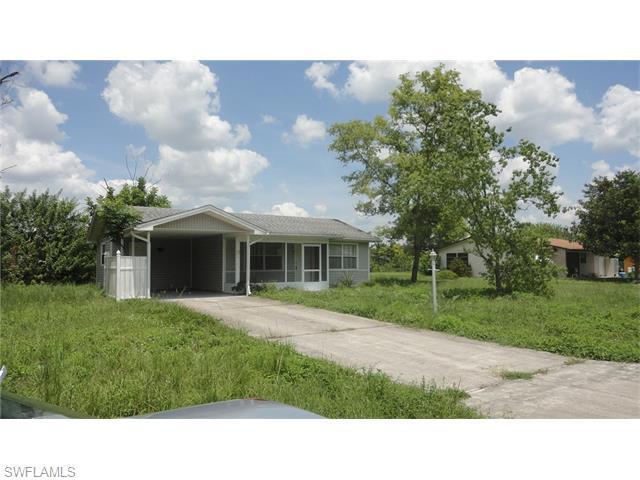 315 Schoolside Dr, Lehigh Acres, FL