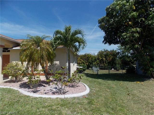 1225 SW 29th Terrace, Cape Coral, FL 33914