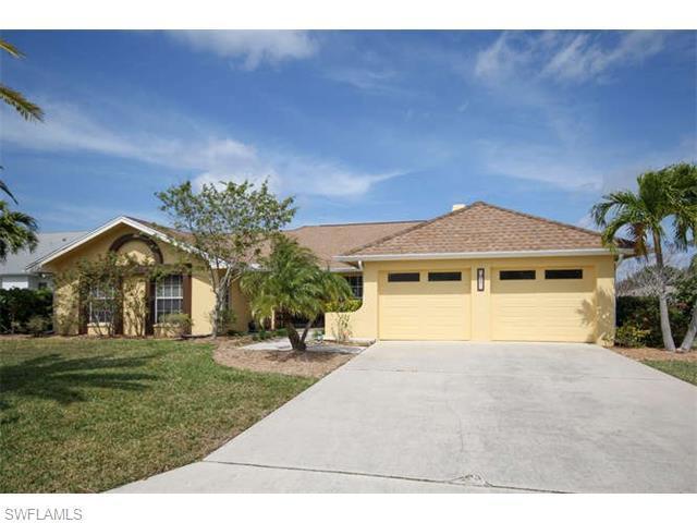 947 Deep Lagoon Ln, Fort Myers, FL