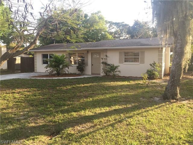 1199 Gramac Dr, North Fort Myers FL 33917