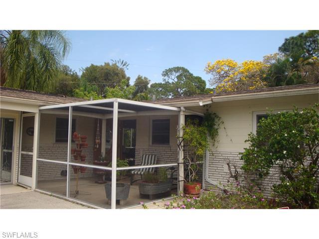 2373 Woodland Blvd, Fort Myers, FL