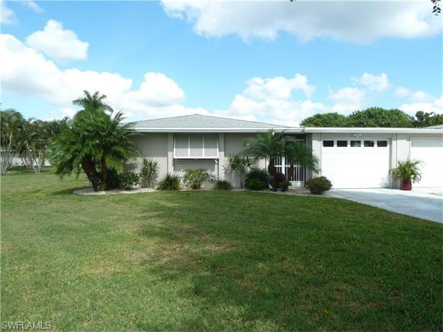 5598 Westwind Ln, Fort Myers, FL
