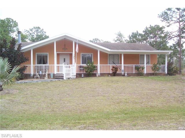1004 Thompson Ave, Lehigh Acres FL 33972