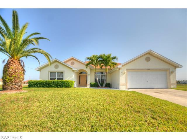 2201 NW 4th Ter, Cape Coral, FL