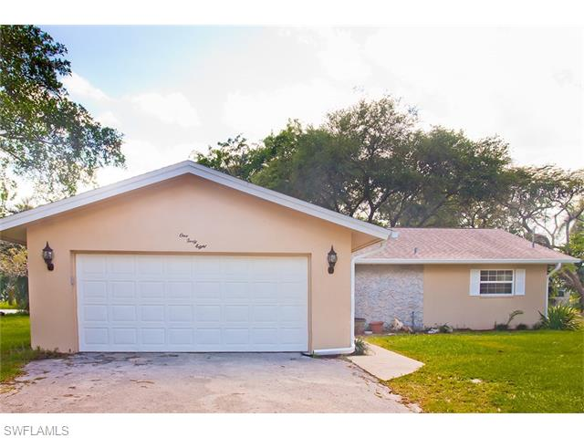 148 Circle Dr, Fort Myers, FL