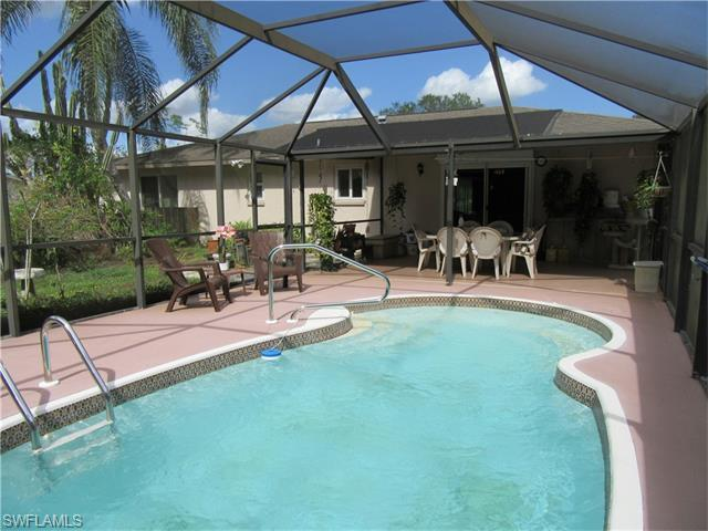 1861 N Evalena Ln, North Fort Myers FL 33917