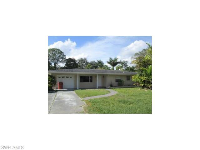 2552 Columbus St, Fort Myers FL 33901