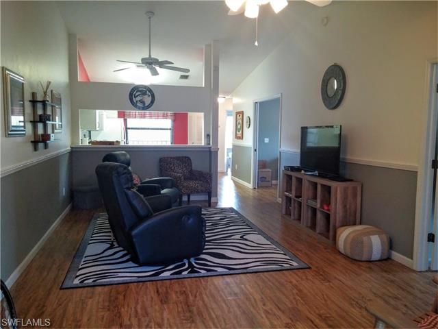5735 Foxlake Dr 5 #APT 5, North Fort Myers, FL