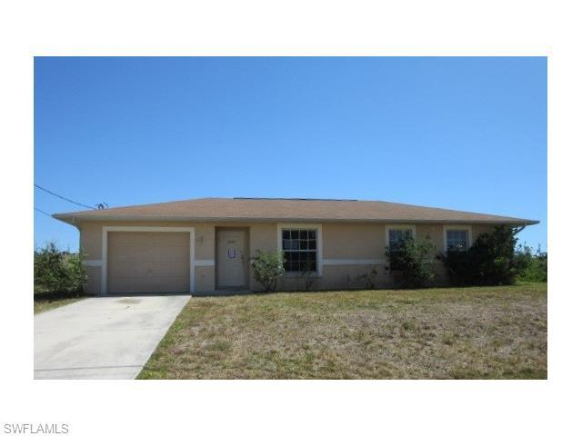 4103 19th St, Lehigh Acres FL 33976