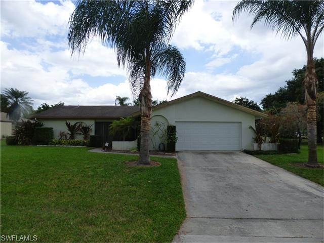 70 Pierce St, Lehigh Acres FL 33936