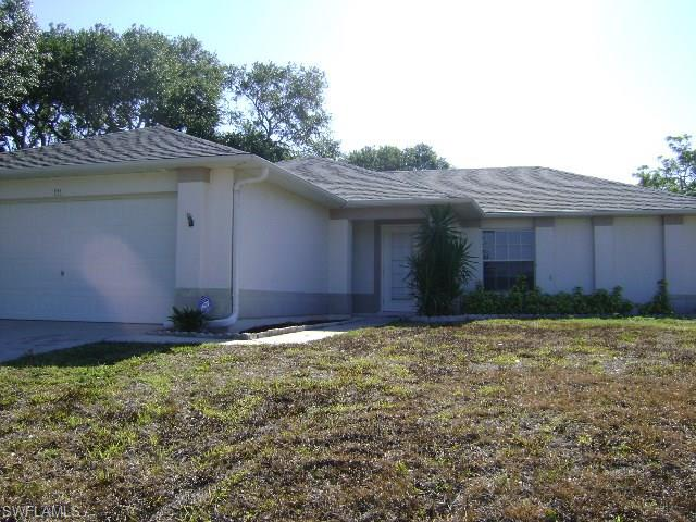 933 SW 7th Ave, Cape Coral, FL