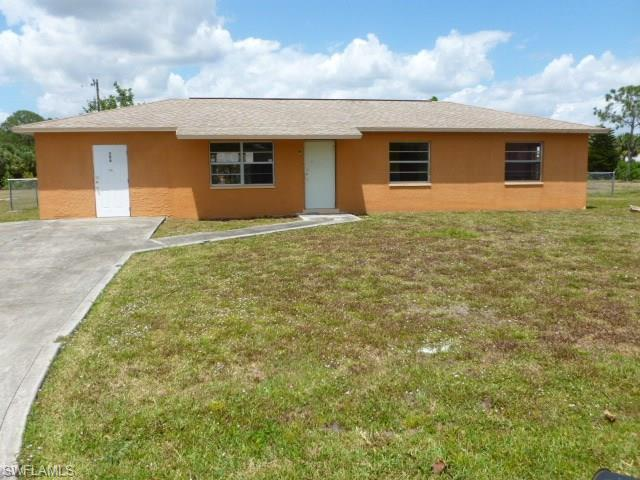 206 Lincoln Blvd, Lehigh Acres FL 33936