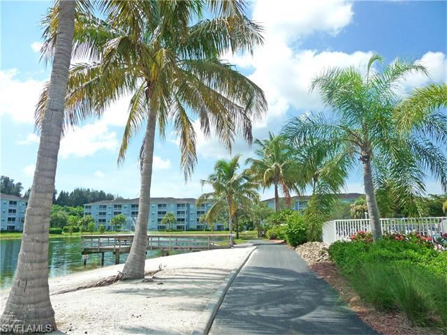 16605 Lake Circle Dr 326 #APT 326, Fort Myers FL 33908
