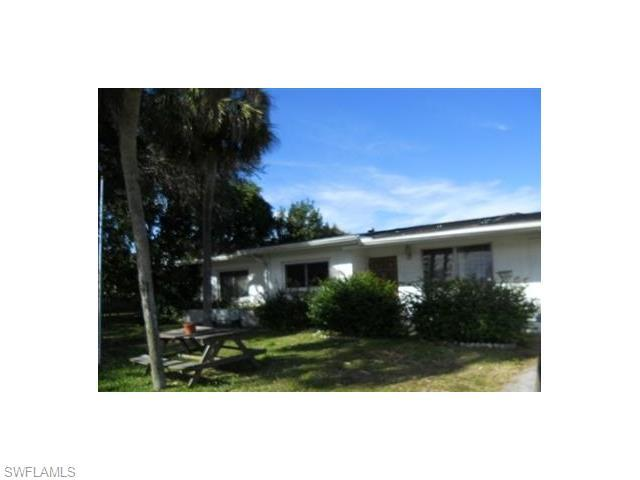 909 Leeland Heights Blvd, Lehigh Acres FL 33936