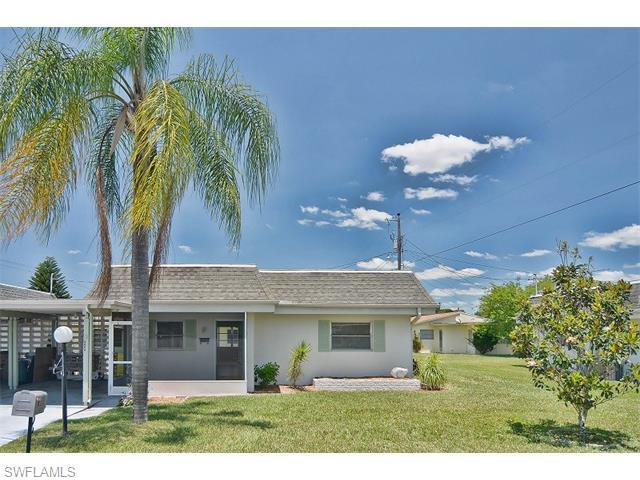 2321 Magnolia Ct, Lehigh Acres FL 33936