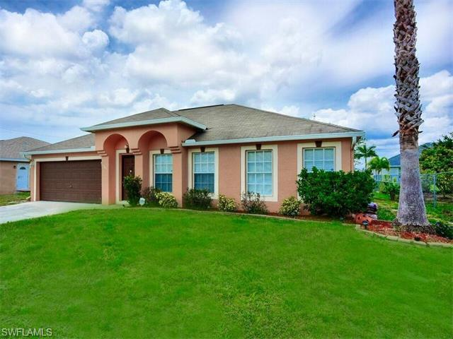 305 NW 1st St, Cape Coral, FL