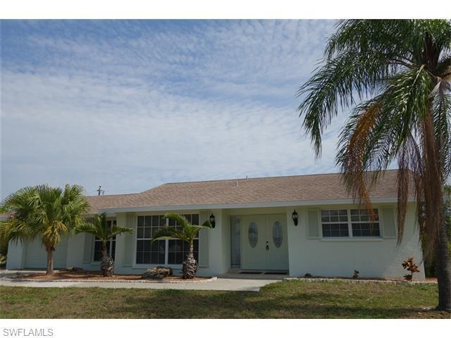 907 SE 22nd St, Cape Coral, FL