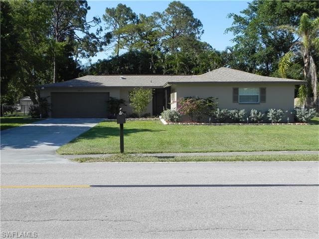 2313 Woodland Blvd, Fort Myers, FL