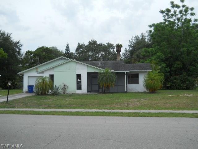 700 E 3rd St, Lehigh Acres, FL
