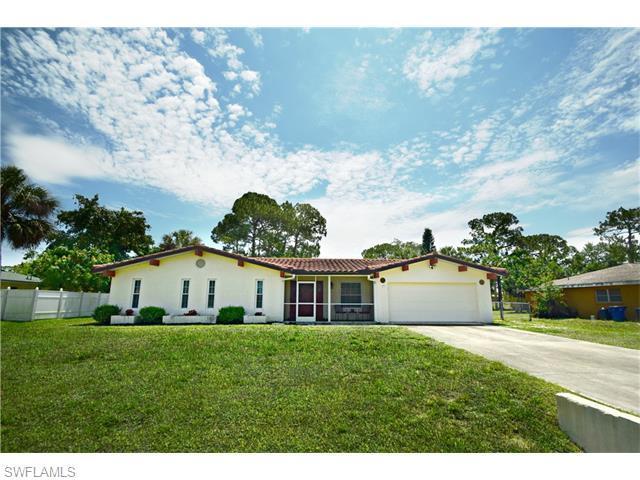 118 Greenwood Ave, Lehigh Acres, FL