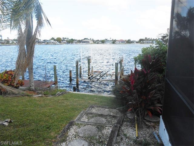 5015 SW 5th Pl, Cape Coral FL 33914