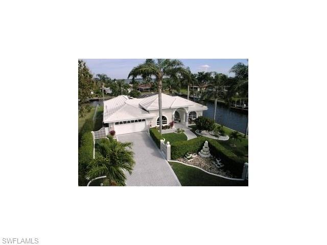 1144 Lincoln Ct, Cape Coral FL 33904