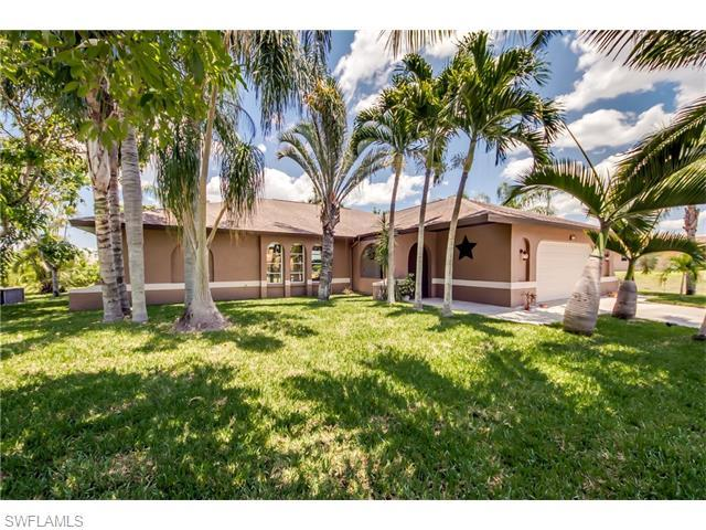 429 NW 5th Ter, Cape Coral, FL