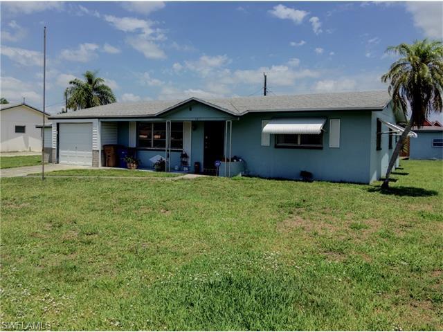 1211 Barnsdale St, Lehigh Acres FL 33936