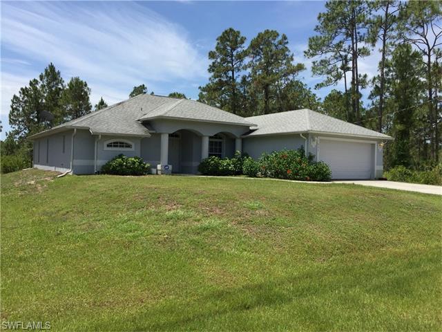 333 Woodburn Dr, Lehigh Acres, FL